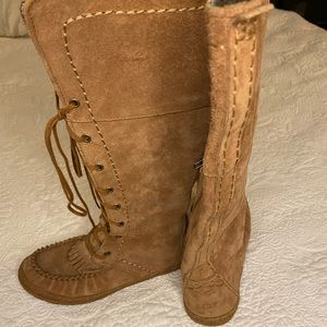 Ugg Somaya Lace Up Boot Tall Camel Suede Size 7